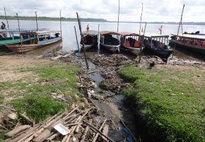 Aguas residuales y desechos contaminan el lago Yarinacocha, ubicado cerca de Pucallpa, Ucayali.