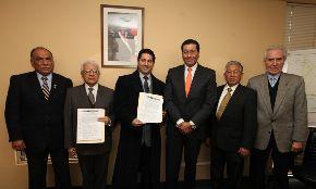 Alcalde Heresi y ministro Paredes firmaron convenio para complementar proyecto de construcción de Costa Verde del Callao. Foto: ANDINA/Difusión