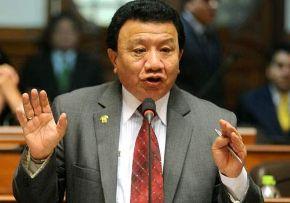 Legislador Enrique Wong, integrante de la comisión multipartidaria que investiga las presuntas irregularidades del gobierno pasado. ANDINA/Archivo.