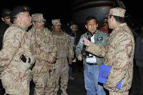 El presidente Ollanta Humala llegó a Juliaca para dirigirse a Macusani en la provincia de Carabaya, para asistir con ayuda a damnificados de friaje. ANDINA/Prensa Presidencia