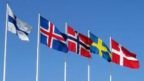 Banderas de los países nórdicos.