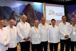Mandatarios firmaron Protocolo Adicional al Acuerdo Marco de la Alianza del Pacífico y también la Declaración de Cartagena, luego realizaron rueda de prensa