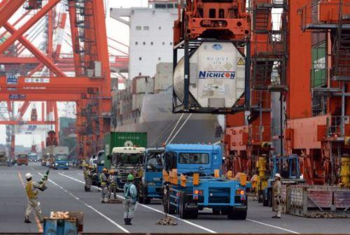 Japón registra 25 meses consecutivos de déficit comercial. Foto: AFP.