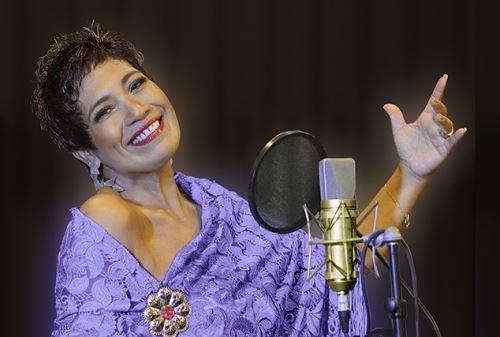 Mónica Villalobos