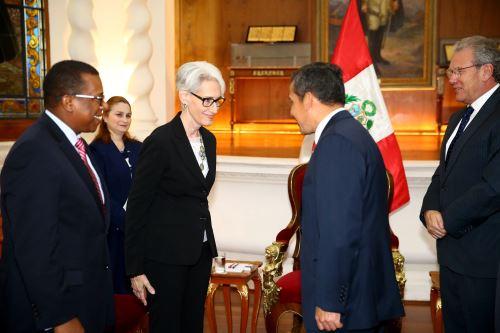 Presidente Ollanta Humala recibió en audiencia a Wendy Sherman, Subsecretaria de Estado para Asuntos Políticos de Estados Unidos. ANDINA/Prensa Presidencia