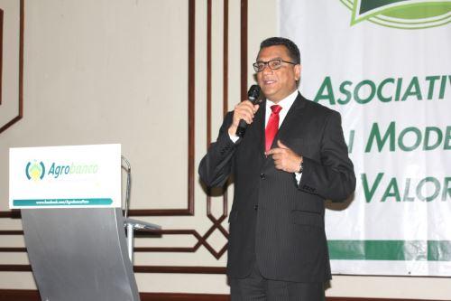 Ministro de Agricultura y Riego, Juan Manuel Benites.