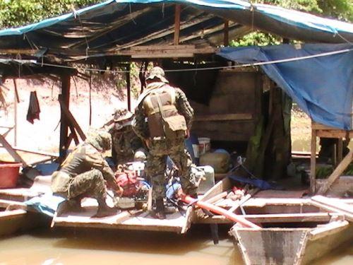 Marina realizó exitoso operativo de interdicción contra minería ilegal en Ucayali. Foto: ANDINA/Difusión.