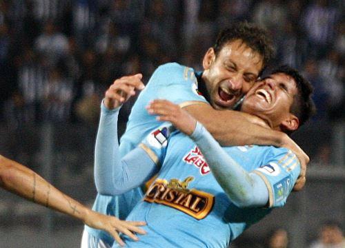 Cristal venció por tres tantos a dos a Alianza Lima. ANDINA/Héctor Vinces