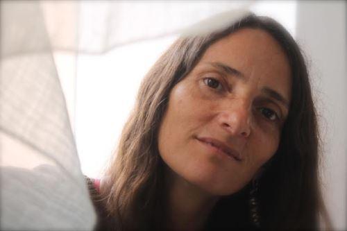 Poeta Odette Vélez Valcárcel