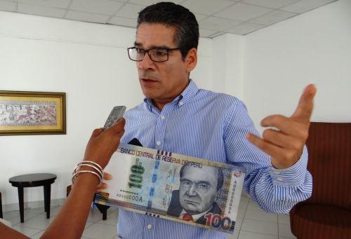 Lambayeque: BCR realizó campaña para evitar ser víctimas de falsificadores de billetes. Foto: ANDINA/Silvia Depaz.