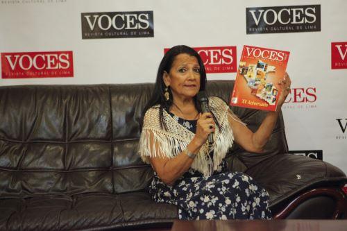 Amalia Cornejo, directora de la revista cultural Voces.