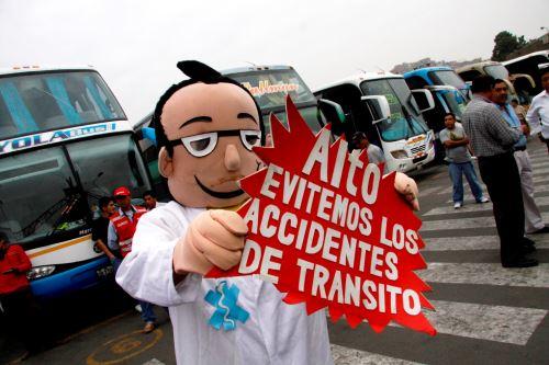 Campaña del Ministerio de Salud para reducir la incidencia de accidentes de tránsito en el país.