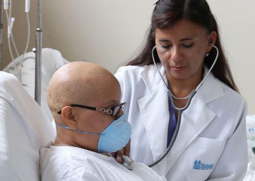 Más de 350,000 asegurados de Junín contarán con moderna unidad oncológica. Foto: ANDINA/Difusión.