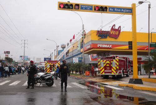 Incendio no ocasionó víctimas.