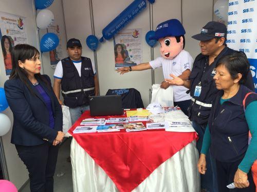 Feria organizada por el MTPE para promover la seguridad social. Foto: Difusión.