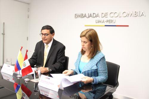 Ofrecen cien becas para estudiar en Colombia. Foto: Difusión