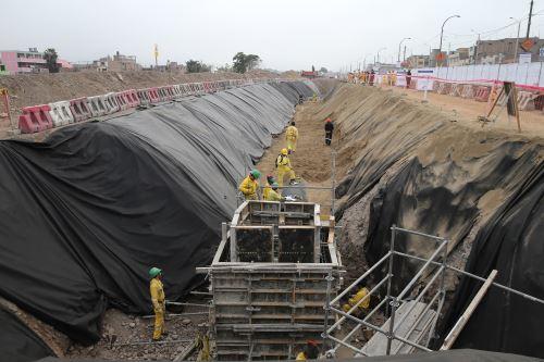 Avanzan construcción de puente Bella Unión.