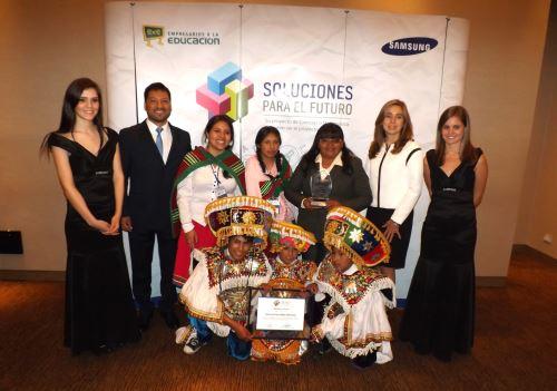 Estudiantes arequipeños ganaron concurso Soluciones para el Futuro 2015. Foto: Andina/Difusión