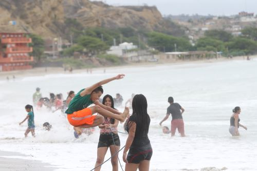Peru: Tumbes beaches to welcome 8,000 tourists during APEC holiday