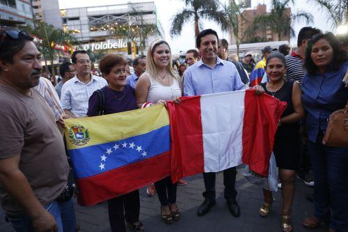 Más de 21 venezolanos recibieron el permiso temporal en Perú