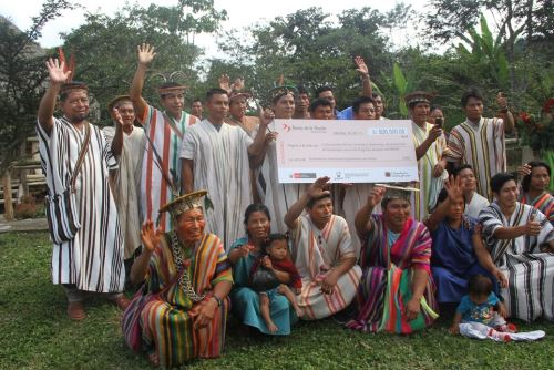 Se trabaja con comunidades indígenas para la conservación de bosques.