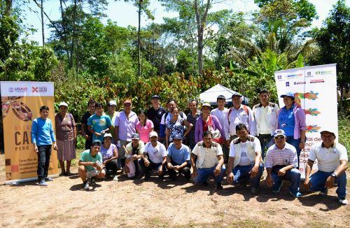 Especializan realizan un acompañamiento a productores cacaoteros.