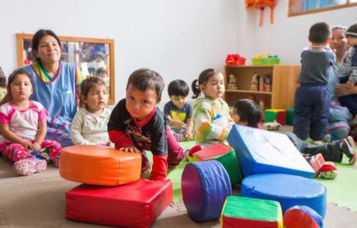 Cuna Más espera llegar a 100,000 familias este año.