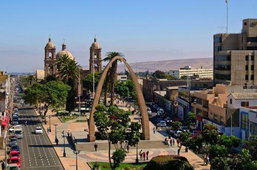 Tacna es una ciudad con un gran movimiento comercial.