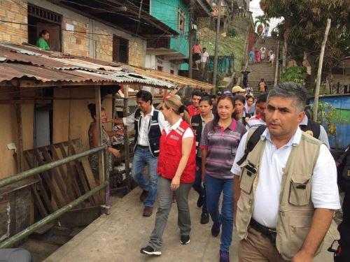 Ministra de Desarrollo e Inclusión Social, Fiorella Molinelli, recorre zona afectada por el incendio en Iquitos