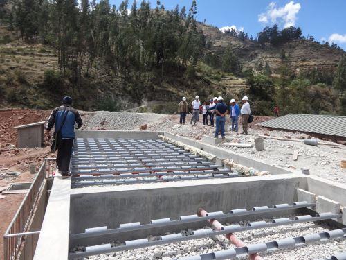 Equipo técnico del Ministerio de Vivienda explicó detalles del proyecto.