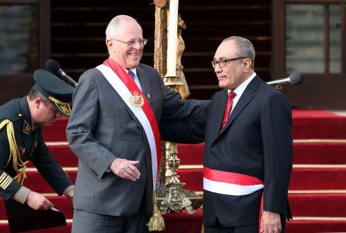 Idel Vexler, ministro de Educación