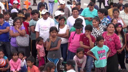 En jornada multisectorial pobladores recibieron información sobre programas sociales.