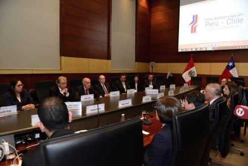 Canciller clausura Foro Anticorrupción Perú-Chile