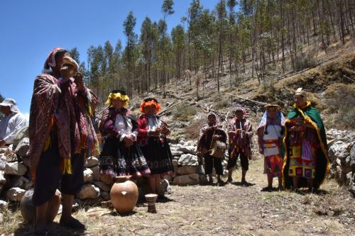Estudiantes y pobladores participaron del recorrido por el Qhapac Ñan.