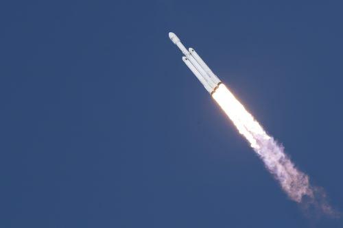 Primer vuelo del Falcon Heavy