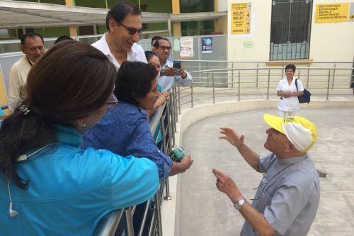 El presidente de la República, Martín Vizcarra, realizó esta mañana una visita inopinada al Hospital del Niño.Foto: ANDINA/Norman Córdova