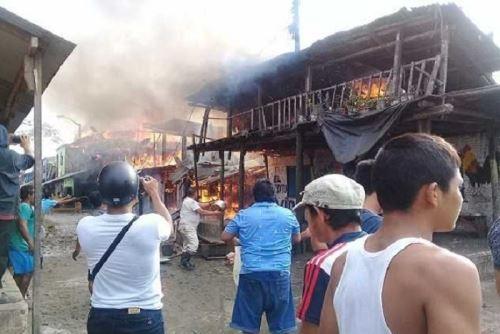 Incendio consume más de 10 viviendas en Belén — Loreto