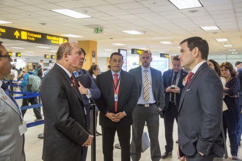 Jefe de Migraciones Eduardo Sevilla se reunió con senador estadounidense Marco Rubio
