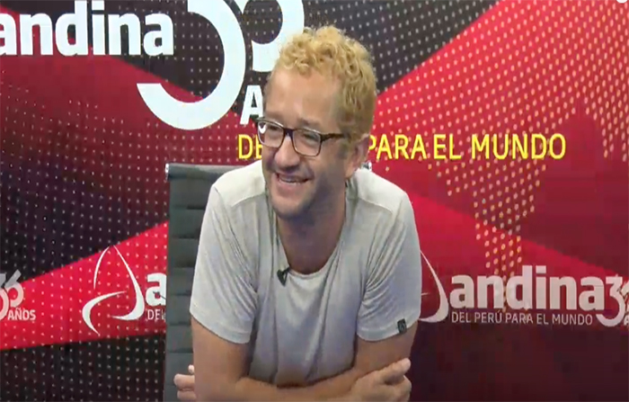"""Entrevista a Gonzalo Molina protagonista de la obra """"Ubu Rey"""""""