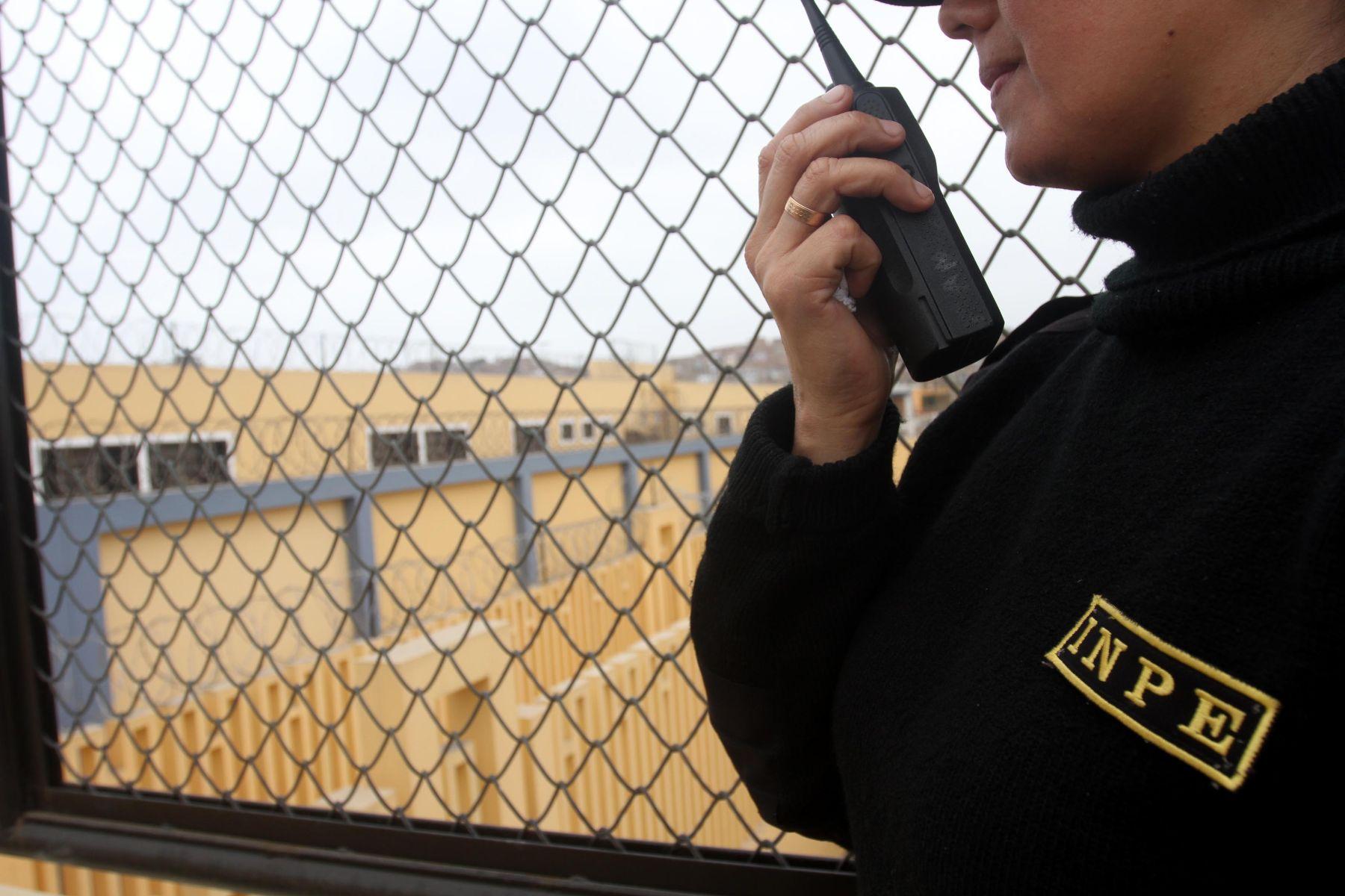 Modifican reglamento de ley de carrera especial p blica for Ley penitenciaria