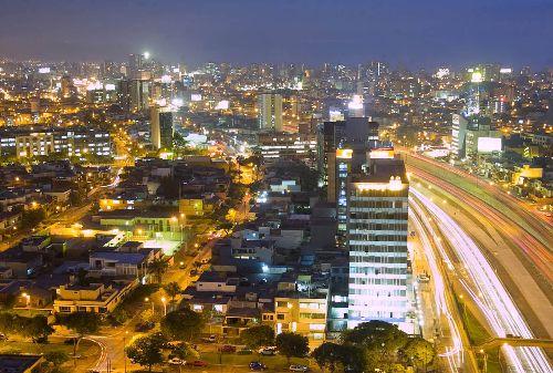 Centro Financiero.Foto: ANDINA