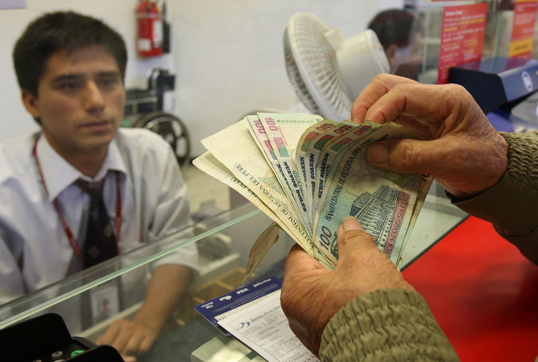 Las gratificaciones de diciembre son un ingreso extra muy esperado por los peruanos. ANDINA