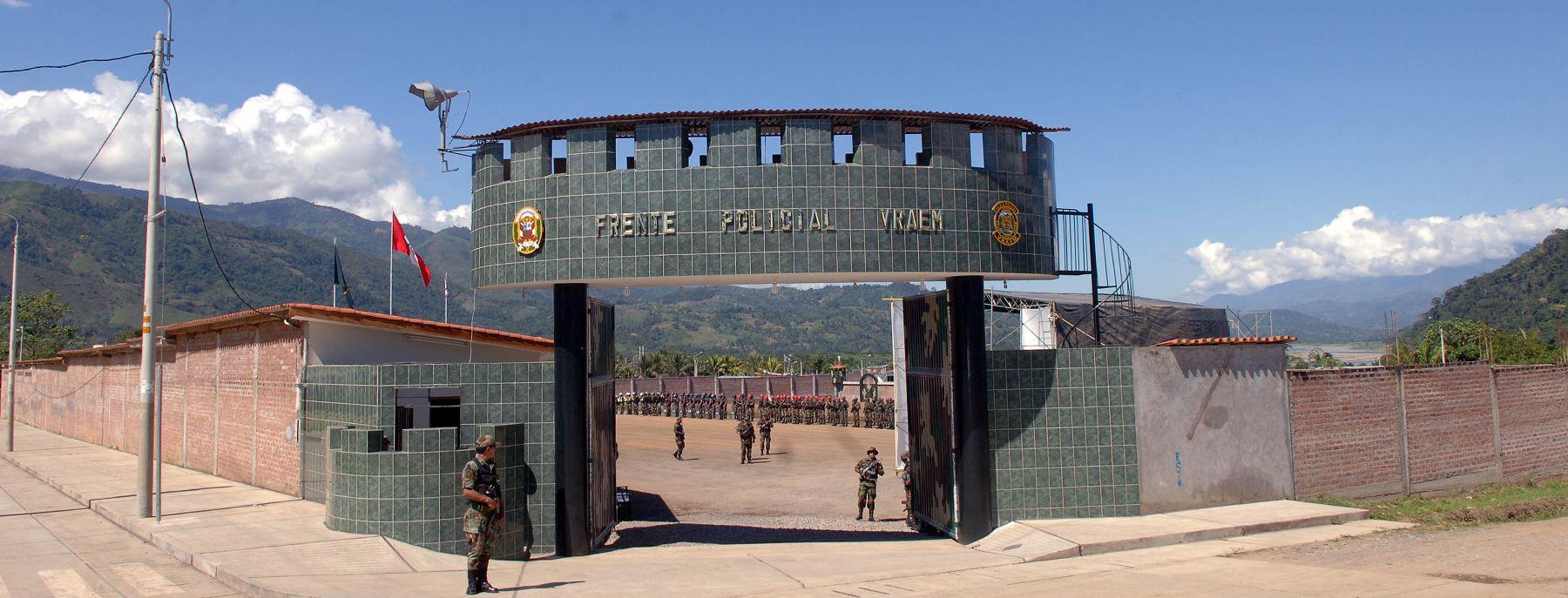 Ministro del interior inaugur nuevo complejo policial en for Nuevo ministro del interior peru