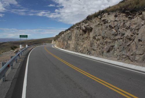 Longitudinal de la Selva Construcción Carreteras Pistas Asfalto Inversión Desarrollo Provincias