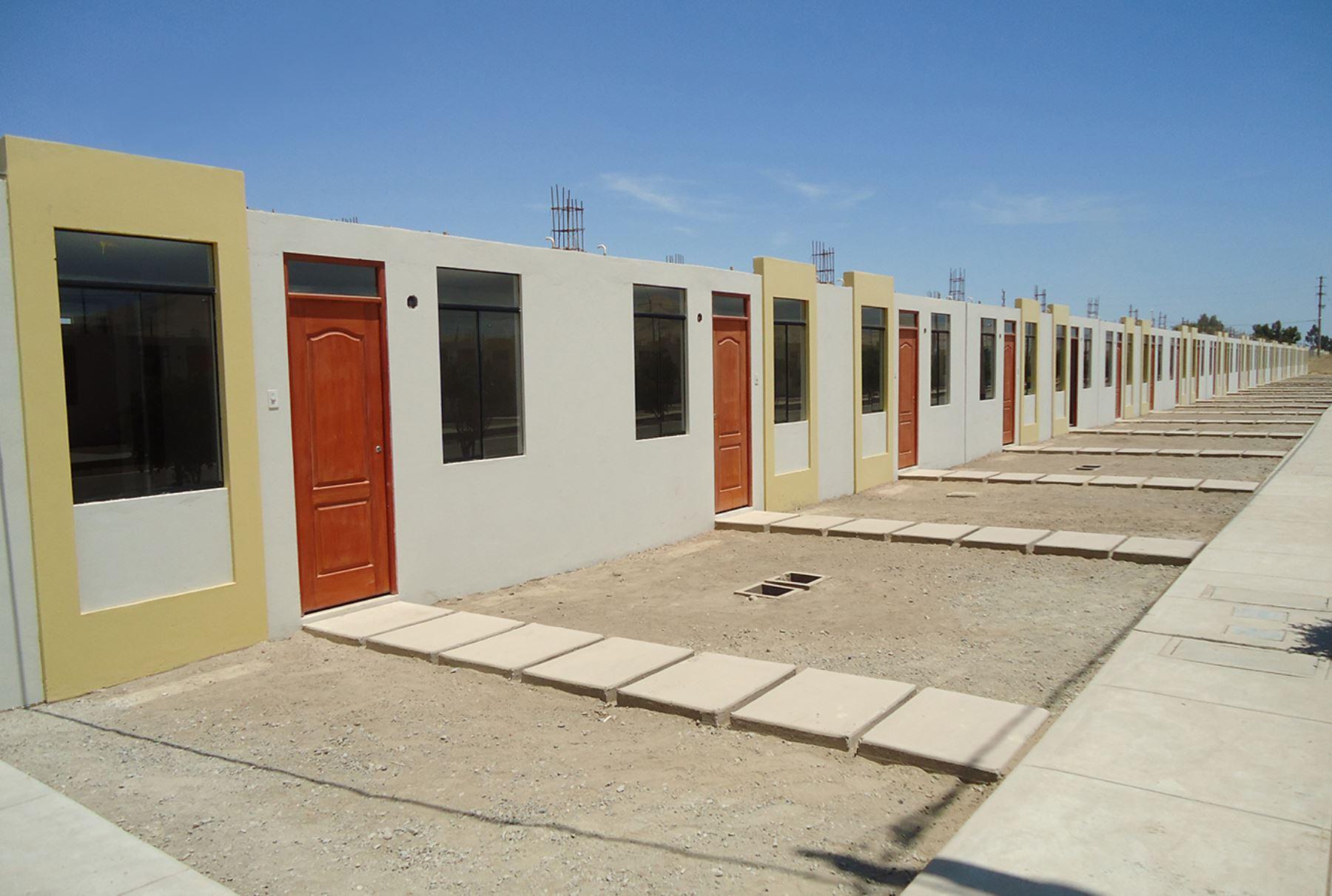 Ica m s de 7 000 viviendas se han construido en lo que va for Techos para viviendas economicos