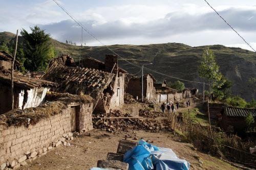 Minedu reporta dos colegios afectados tras sismo e Paruro, en Cusco