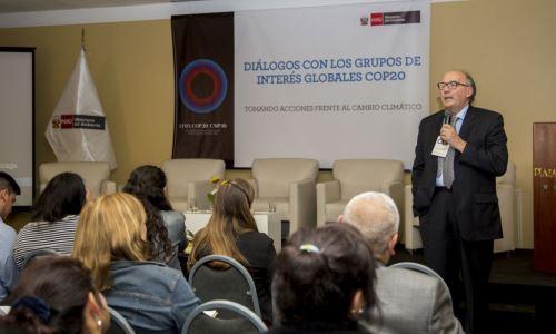 Peru welcomes global stakeholders as COP20 observers