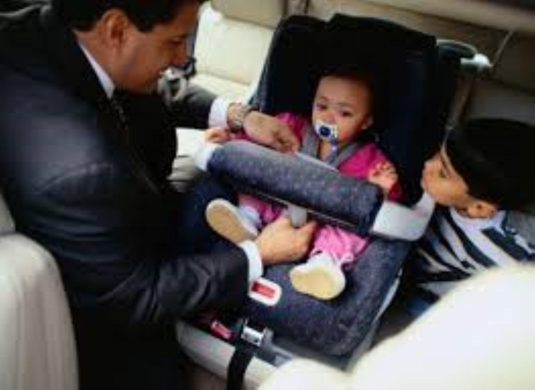 Proyecto De Ley Obliga Que Ni Os Y Beb S Usen Asientos