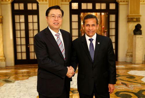 Presidente de la República, Ollanta Humala Tasso, recibió en audiencia al Presidente de la Asamblea Popular Nacional de China, Zhang Dejiang, en Palacio de Gobierno