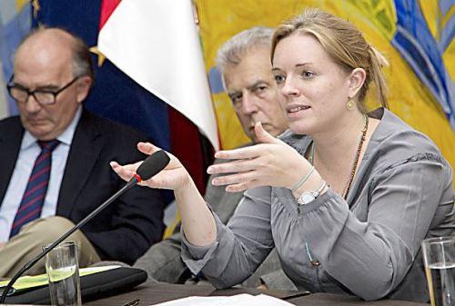 integrante del equipo negociador de la Unión Europea (UE), Anne Becker. Foto. Difusión.
